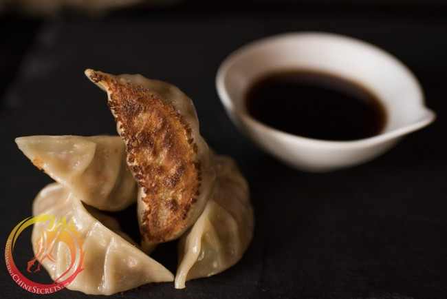 150401-How-To-Make-Gyoza-Dumplings-02